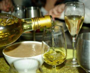 wine-579382_640
